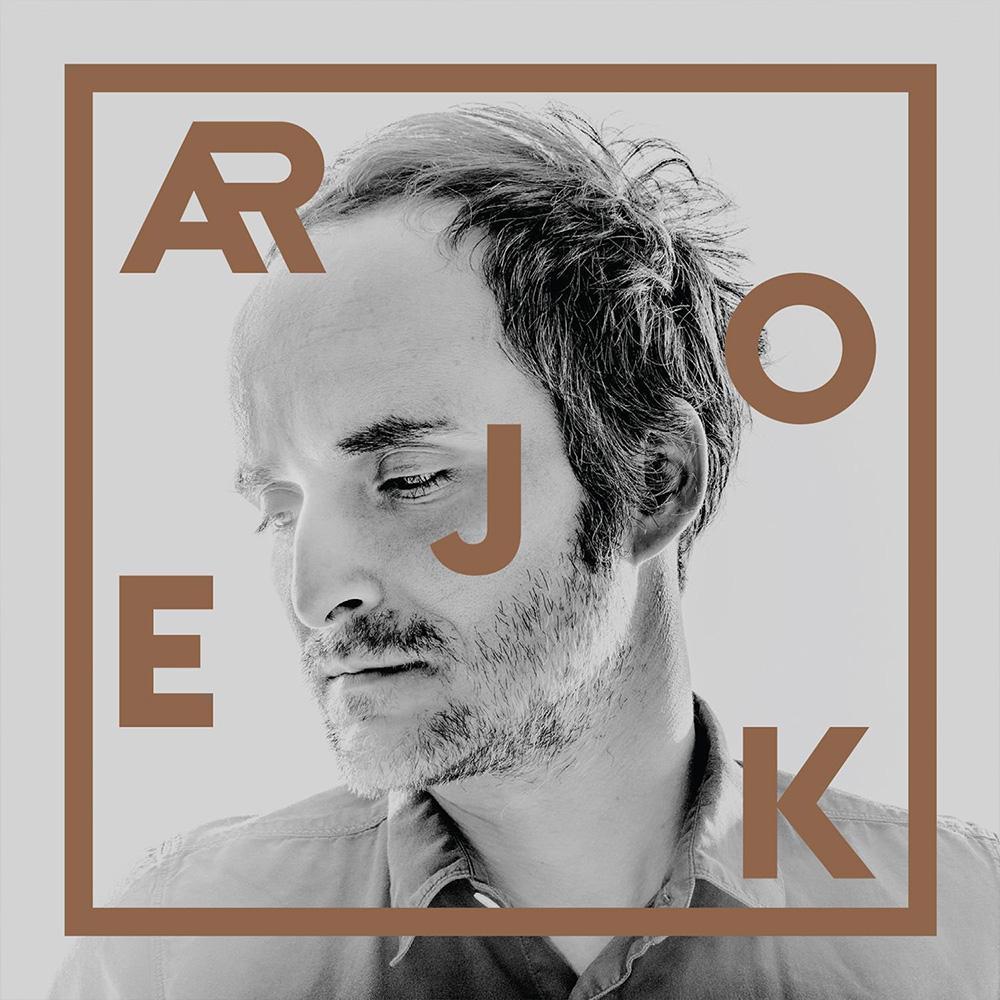 9. Artur Rojek - Składam się zciągłych powtórzeń